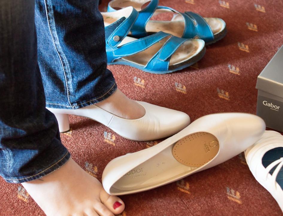 腳碰地痛到哭?你可能罹患「足底筋膜炎」